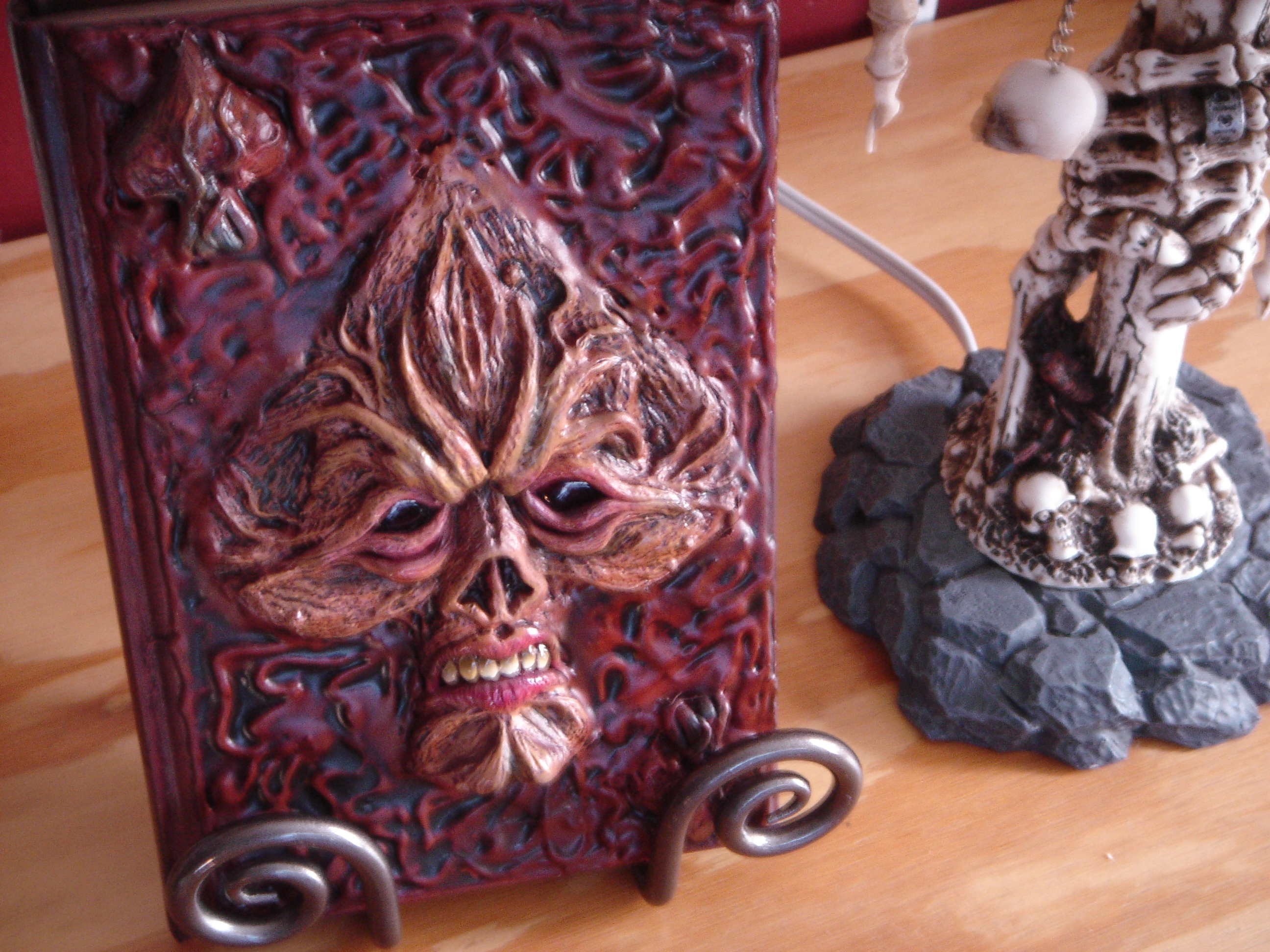 "Sculpture-Bound Special ""Grimoire"" Edition"